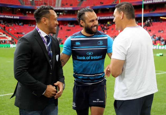 Anthony Tuitavake and Chris Masoe with Isa Nacewa