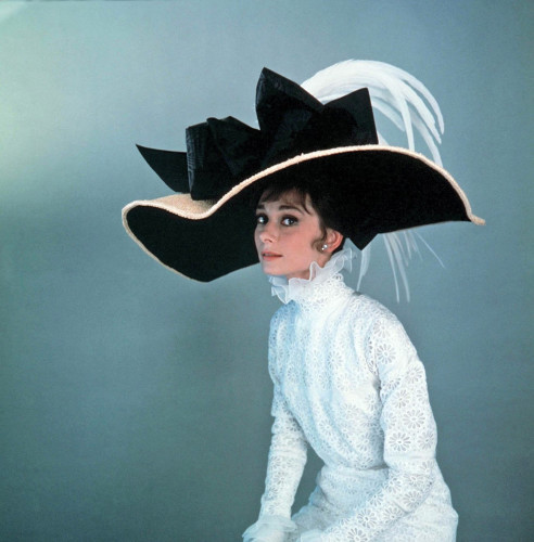 Was Audrey Hepburn\'s Givenchy wedding dress the inspiration behind ...