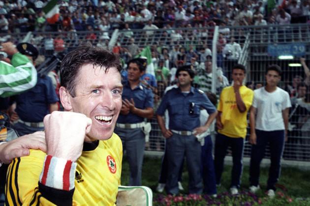 Soccer - World Cup Italia 90 - Group F - Netherlands v Ireland - Stadio Della Favorita Stadium, Palermo