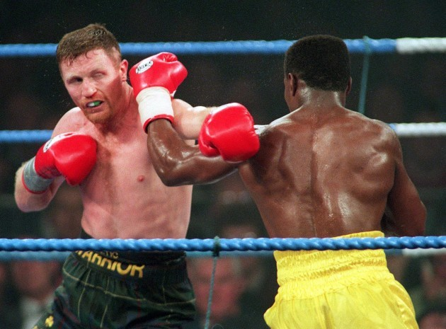 Steve Collins and Chris Eubank exchange punches 17/3/1995.