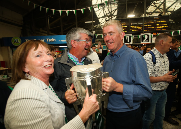 John Kiely with former Limerick player Paddy Kelly and his wife Tina
