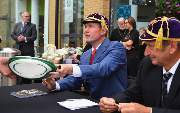 Ronan O'Gara signs autographs for the fans
