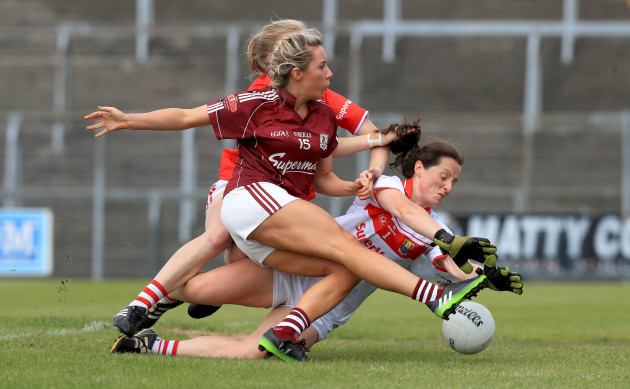 Megan Glynn with Martina O'Brien and Roisin Phelan