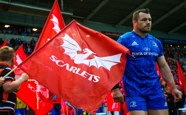 Cian Healy takes to the field