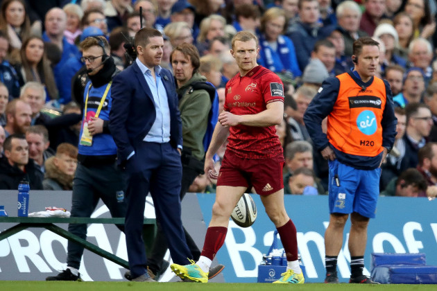 Keith Earls is sent to the sin bin