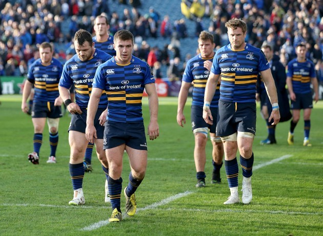 Luke McGrath and teammates dejected after the game