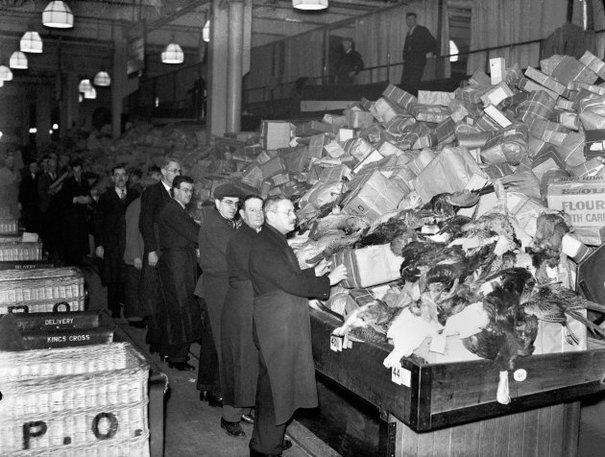 Christmas Decorations During Ww2 : Pics surviving christmas during world war ii ? thejournal ie