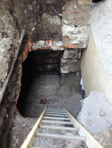 Georgian cellars and cobbled road found during Luas Cross City dig