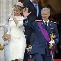 New king takes throne in Belgium after father abdicates