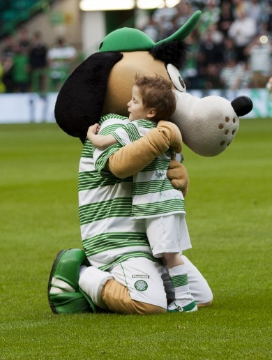 'Absolutely magic': Cancer survivor Wee Oscar, 4, takes centre stage before Celtic win