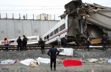 77 dead in Spanish train crash, 140 injured