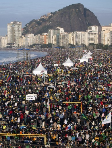 PHOTOS: Millions flock to Rio beach for Pope Francis' farewell mass
