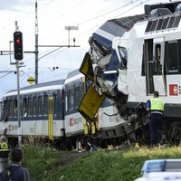 35 injured as two trains collide in Switzerland