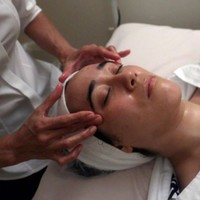 Bird poo facial is the new craze in skincare