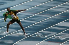 Bolt regains world 100m title in emphatic style