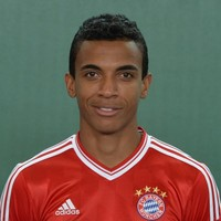 Gunners close in on Luiz Gustavo and hold out hope for Luis Suarez