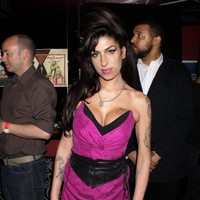 Irish girl to jump out of plane in celebration of Amy Winehouse's 30th birthday
