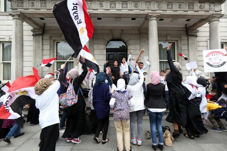 Egyptian protesters outside the Department of Foreign Affairs this week.