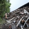 Derailment of 'The Beast' train kills six