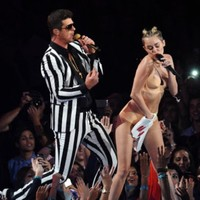 8 of the most inappropriate moments from last night's VMAs