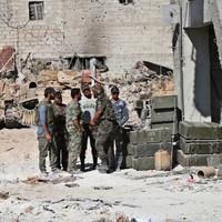 US threatens Syria over 'obscene' chemical strike