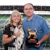 Grumpy cat wins at the Internet Cat Video Festival