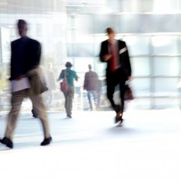 CSO: Numbers in employment increased by 9,600 in three months