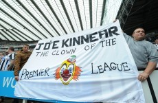 Pardew defends Kinnear over Newcastle transfer drought