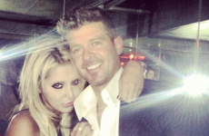 The Dredge: Robin Thicke grovels to his wife after *that* photo