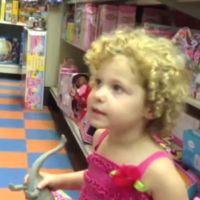 3-year-old attempts to convince her dad to buy her My Little Ponies