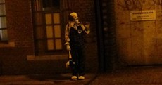 Creepy clown terrorises entire town, becomes online sensation