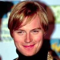 Ronan Keating's hair! And other things that happened at the '99 EMAs in Dublin