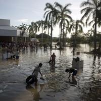 PICS: More than 80 killed after hurricane buried village under massive mudslide
