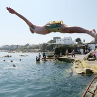 Summer's last hurrah: Temperatures set to hit 20 degrees this weekend