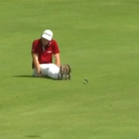 Keegan Bradley celebrates long-range eagle by 'Dufnering'