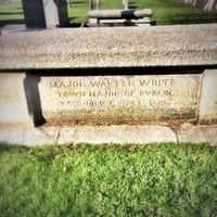 Breaking Bad spoiler? Walter White is buried in Dublin 7