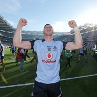 A champion and a gentleman: Paul Flynn gives away his jersey
