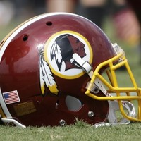 Obama wades into controversy over Washington Redskins nickname