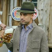 Pep and Bayern kick off international break with trip to Oktoberfest