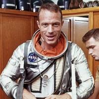 Scott Carpenter, second US astronaut in orbit, dies at 88