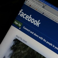 Facebook ends 'invisibility cloak' for users