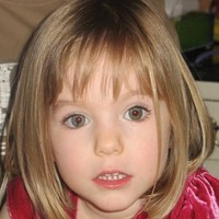 Madeleine search: Man seen carrying 'blonde child towards beach'