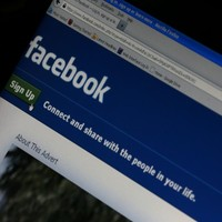Teens can now post public updates on Facebook