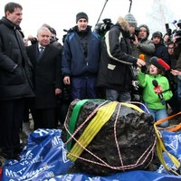 Giant chunk of meteorite pulled out of Russian lake