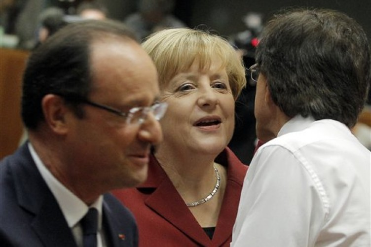 Merkerl and Hollande want an agreement over spying