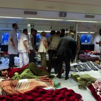 Two rescue teams evacuate hundreds of wounded from Libyan hospital (Slideshow)