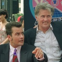 "Martin Sheen ""prays"" for his troubled son Charlie"
