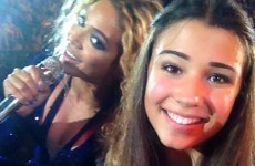 Beyoncé photobombs fan in greatest selfie of all time