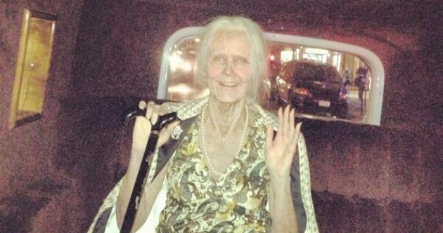Which A-list celeb is totally unrecognisable as an old lady?..It's The Dredge