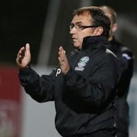 Pat Fenlon resigns as Hibs boss